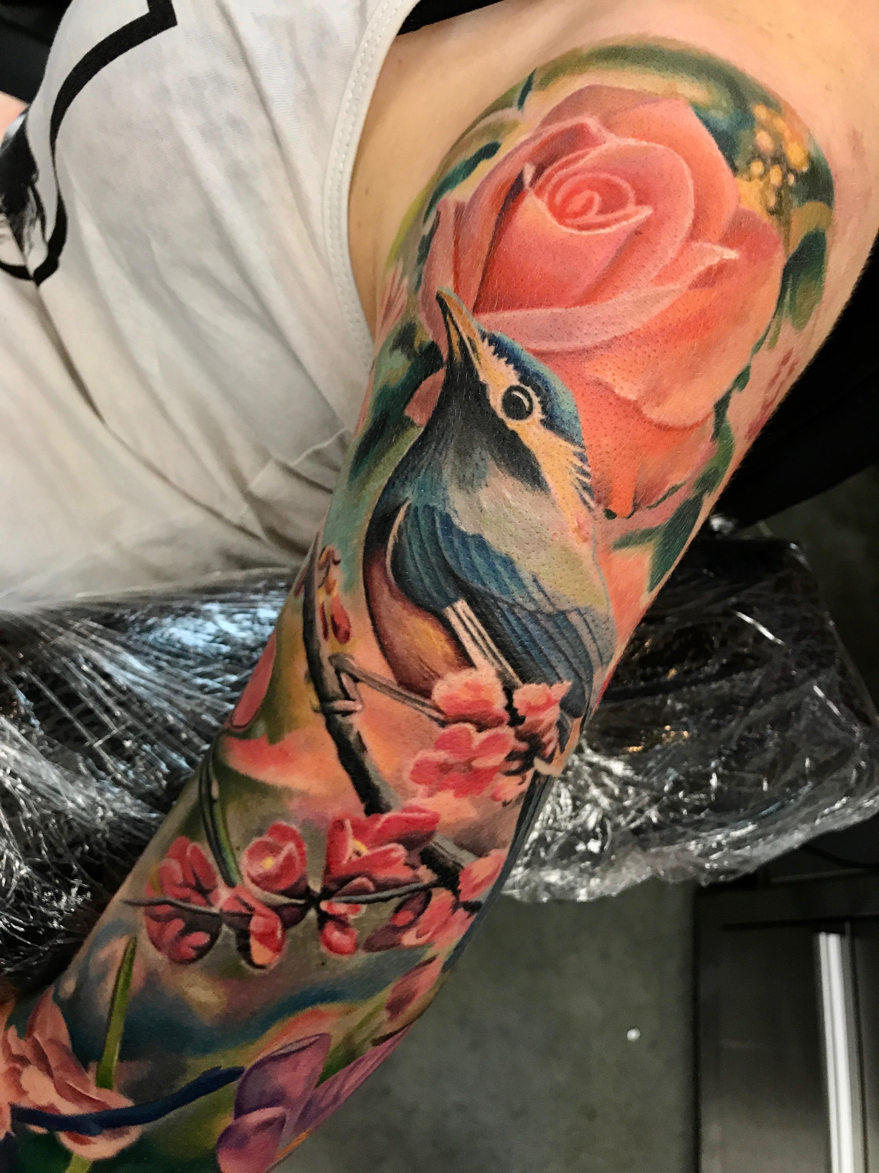 electrographic tattoo,germany, bayern, rosenheim, münchen , salzburg , innsbruck, vogel, rose, tattoo, tattoo art, color, realistic
